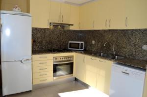 Soleil Tossa Apartments, Апартаменты  Тосса-де-Мар - big - 28
