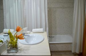 Soleil Tossa Apartments, Апартаменты  Тосса-де-Мар - big - 36