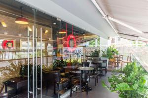 Urban Loft By Favstay, Ferienwohnungen  Bangkok - big - 9