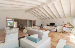 Villa bianca, Ville  Arzachena - big - 15