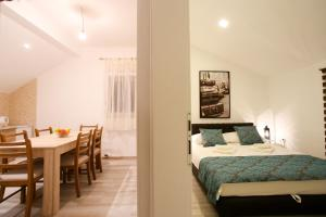Central Located Guest House - фото 11