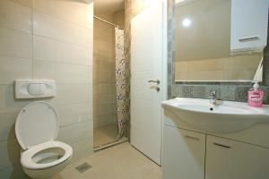Central Located Guest House - фото 10