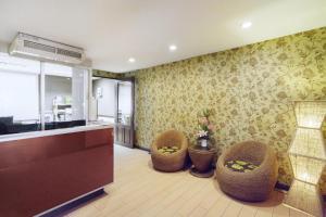 Adoring Saladaeng Residence By Favstay, Apartmanok  Bangkok - big - 20