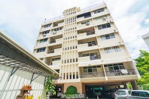 Adoring Saladaeng Residence By Favstay, Apartmanok  Bangkok - big - 13