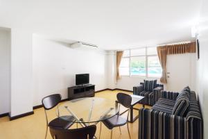 Adoring Saladaeng Residence By Favstay, Apartmanok  Bangkok - big - 8