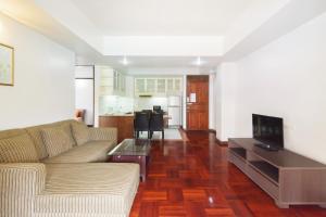 Adoring Saladaeng Residence By Favstay, Apartmanok  Bangkok - big - 2