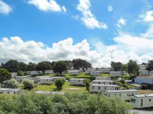 Newquay View Resort - Families and Couples Only
