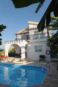 Follow the Sun Villa 4 - Argaka, Villas  Argaka - big - 16