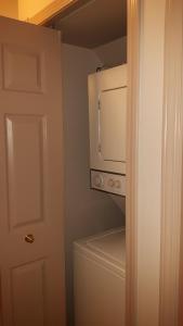 Kirton Suite - 1 Bed / 1 Bath Condo, Apartmanok  Silver Star - big - 7