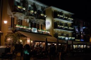 Seven Boutique Hotel, Hotely  Ascona - big - 33