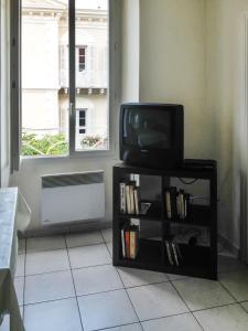 Apartment Place de la Mairie 1, Apartmány  Venaco - big - 6