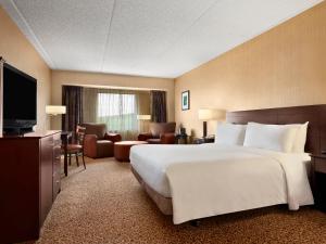 Par-A-Dice Hotel & Casino, Hotels  Peoria - big - 2