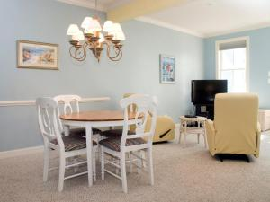 Sunset Island 32 Beach Side Dr, Apartmány  Ocean City - big - 5