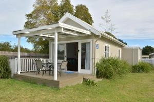 Calm Waters Cottage 5 Pet Friendly