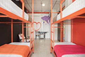 Saladaeng Gallery Hostel By Favstay, Апартаменты  Бангкок - big - 6