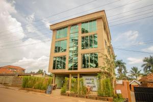Кампала - Eight Winx Hotel Ntinda