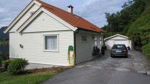 Skogstad Holiday Home