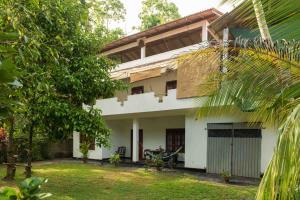 Хиккадува - Jungleside house