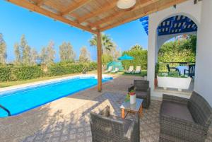Follow the Sun Villa 4 - Argaka, Villas  Argaka - big - 9