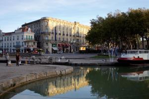 Chez Martine Côté Canal