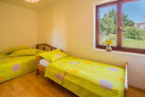 Irena&Dolores Apartments, Ferienwohnungen  Malinska - big - 8
