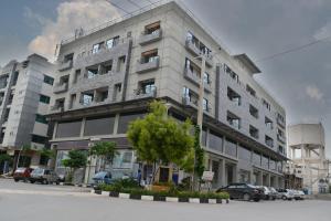 Grand Islamabad Hotel