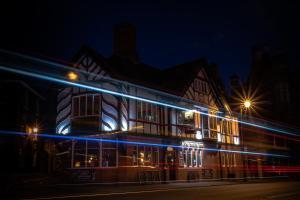 Честер - The Saddle Inn