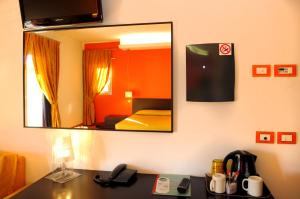 Hotel Cleofe, Hotely  Caorle - big - 43