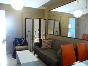 Taal View Tagaytay Condo, Apartmány  Tagaytay - big - 23