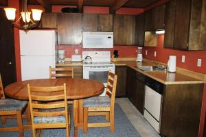 Treehouse 304E, Case vacanze  Silverthorne - big - 4
