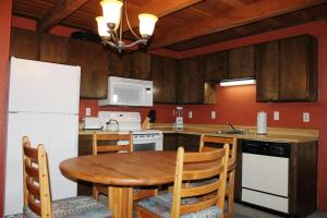 Treehouse 304E, Case vacanze  Silverthorne - big - 6