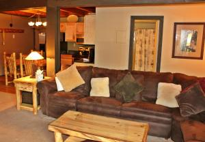 Treehouse 106I, Holiday homes  Silverthorne - big - 1
