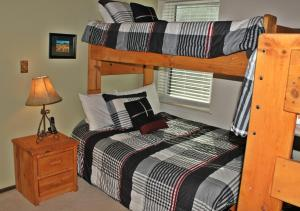 Treehouse 106I, Holiday homes  Silverthorne - big - 8