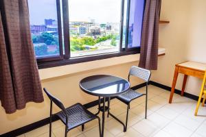 Grand Residence Ngamwongwan 19, Hotely  Nonthaburi - big - 23