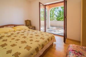 Irena&Dolores Apartments, Ferienwohnungen  Malinska - big - 11