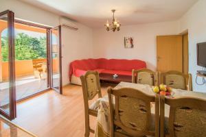 Irena&Dolores Apartments, Ferienwohnungen  Malinska - big - 13