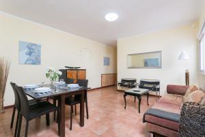 La Laguna & Airport Apartment