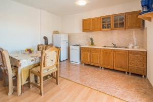 Irena&Dolores Apartments, Ferienwohnungen  Malinska - big - 15
