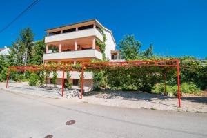 Irena&Dolores Apartments, Ferienwohnungen  Malinska - big - 19
