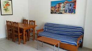 Apartamentos Entreplayas 3000