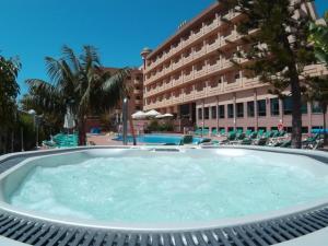 Hotel Victoria Playa, Hotel  Almuñécar - big - 1