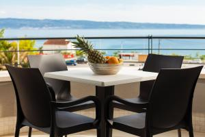 Paradise Luxury Apartments - Sunset Suite 11, Apartmány  Podstrana - big - 13