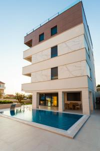 Paradise Luxury Apartments - Sunset Suite 11, Apartmány  Podstrana - big - 16