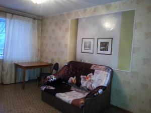 Apartment on Voroshilova 5a