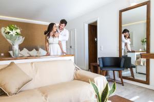 Galaxy Suites & Villas(Imerovigli)