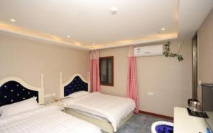 Ou Lu Ya Hotel, Отели  Чунцин - big - 1