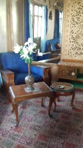 Kashmir View Houseboat, Отели  Сринагар - big - 19