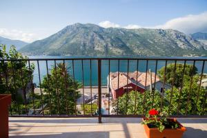 Stoliv Bay House, Holiday homes  Tivat - big - 14