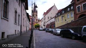 Fortress Wall Apartment, Ferienwohnungen  Sibiu - big - 6