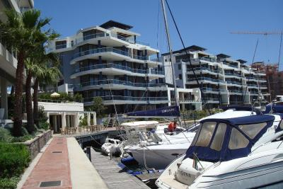 Mountain Marina Luxury Apartments